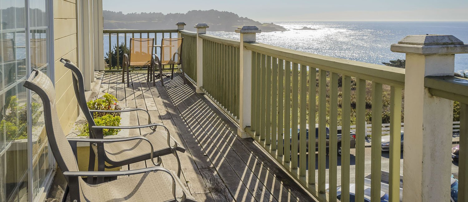 MANY GUEST ROOMS AT THE MENDOCINO HOTEL & GARDEN SUITES OFFER A PRIVATE BALCONY OVERLOOKING THE PACIFIC
