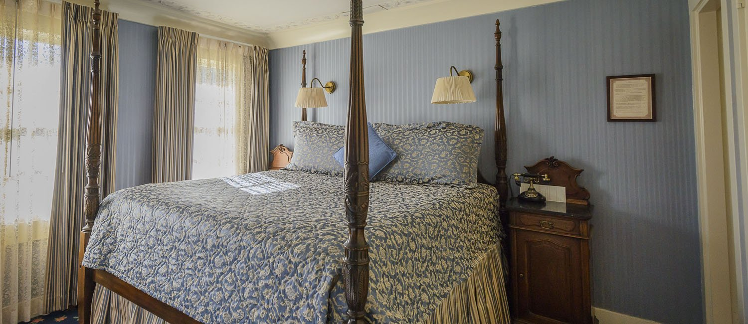 CHARMING BOUTIQUE HOTEL GUEST ROOMS IN MENDOCINO THAT OFFER THOUGHTFUL TOUCHES THAT INSPIRE RELAXATION
