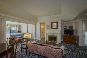Mendocino Hotel and Garden Suites - Queen Suite