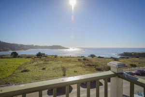 Mendocino Hotel and Garden Suites - Patio Views