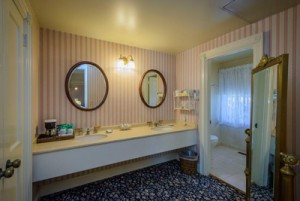 Welcome To The Mendocino Hotel and Garden Suites - Vanity Area